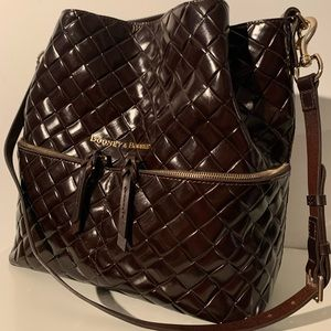 NWT Dooney & Bourke Woven Embossed Large Barlow